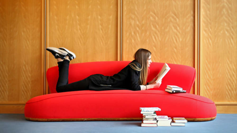Sehr Sofa aus Samt reinigen: So werden Sie die Flecken los | Wohnen FJ89