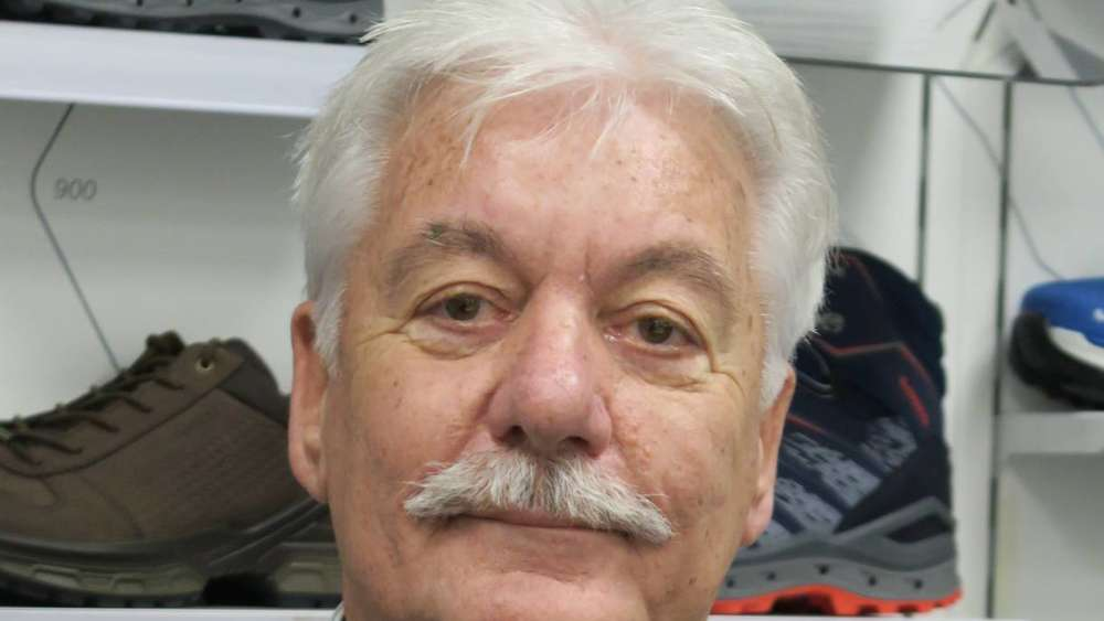 Lowa Chef Werner Riethmann Feiert Am Heutigen Samstag 70 Geburtstag