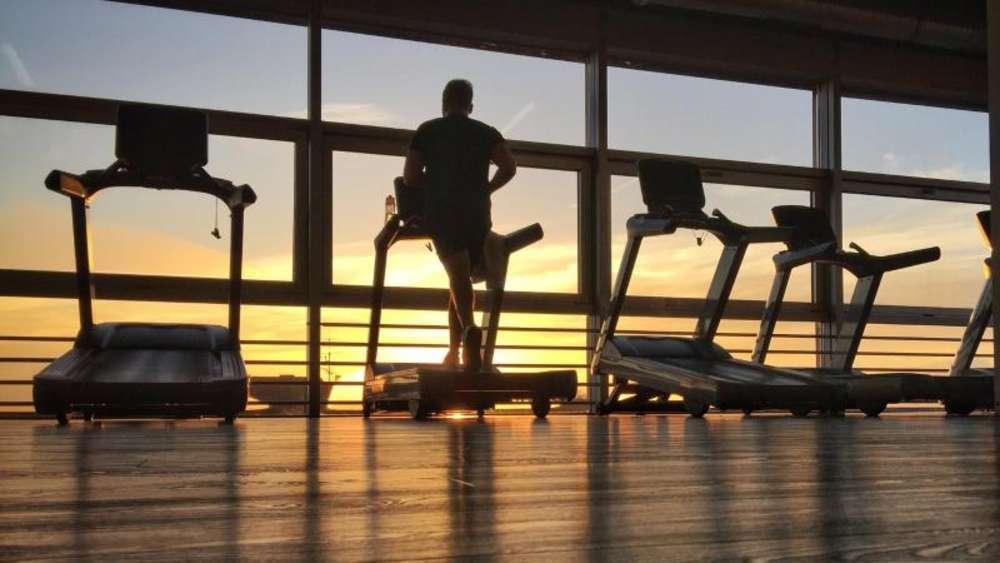 Fitnessstudio-Vertrag in Ruhe prüfen   Leben