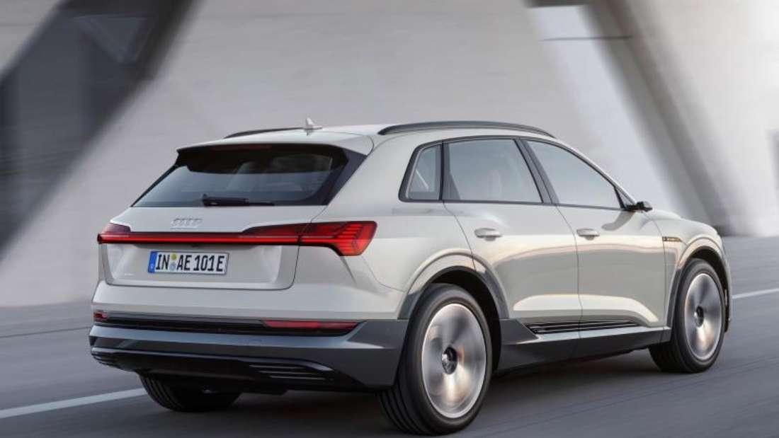Der Audi e-tron ist ein vollelektrischer SUV mit einer Reichweite von bis zu 417 Kilometer. Es ist das erste rein elektrische Modell der Ingolstädter. Foto:Audi AG