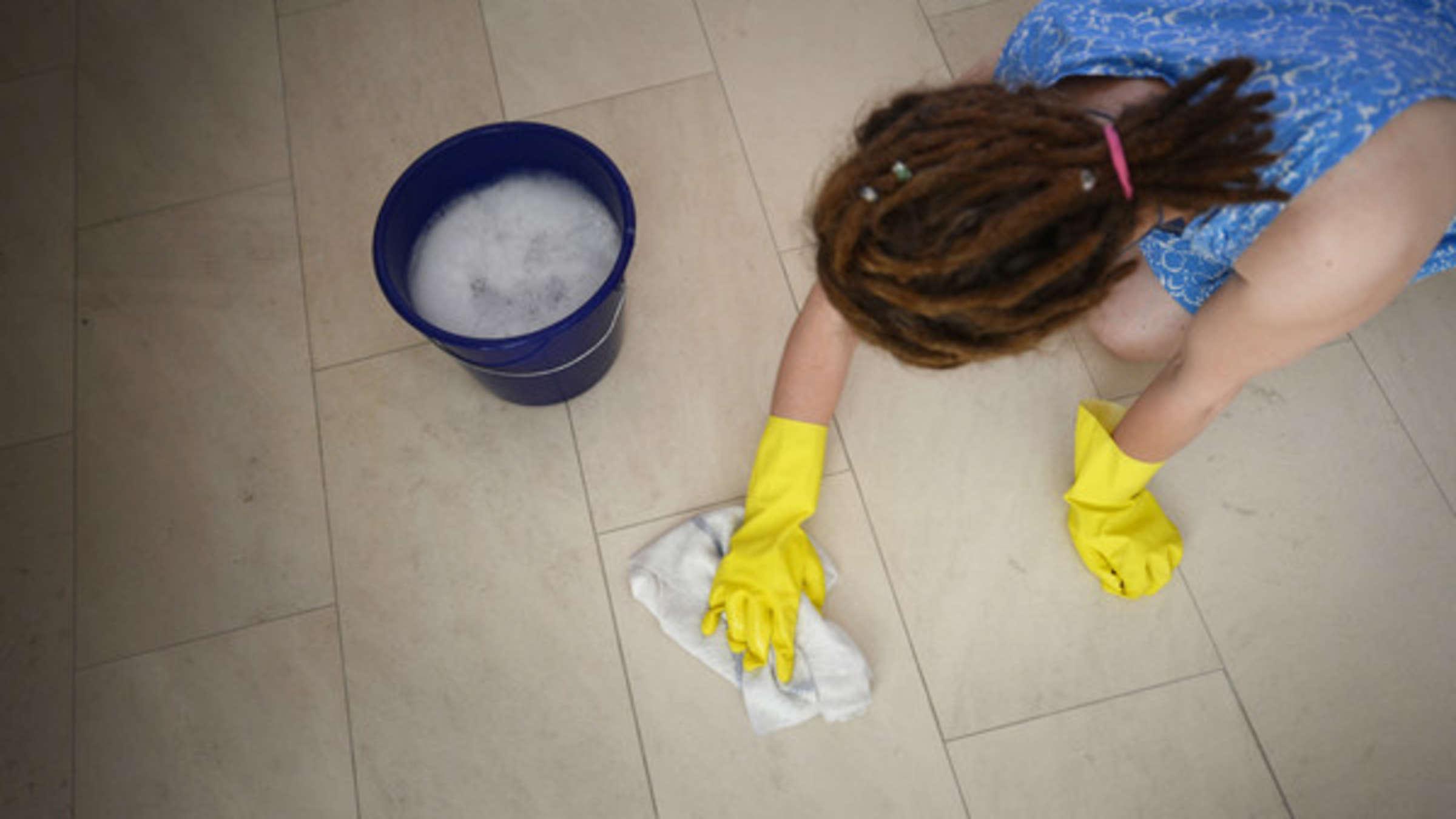 Zimmermädchen verraten ihre Tricks: Wie Sie Ihr Zuhause ...