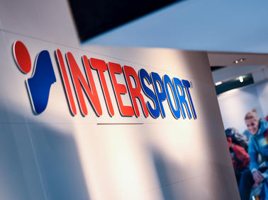 65218ce9da7df Intersport-Voswinkel: Sportwaren-Händler von Pleite bedroht - macht ...