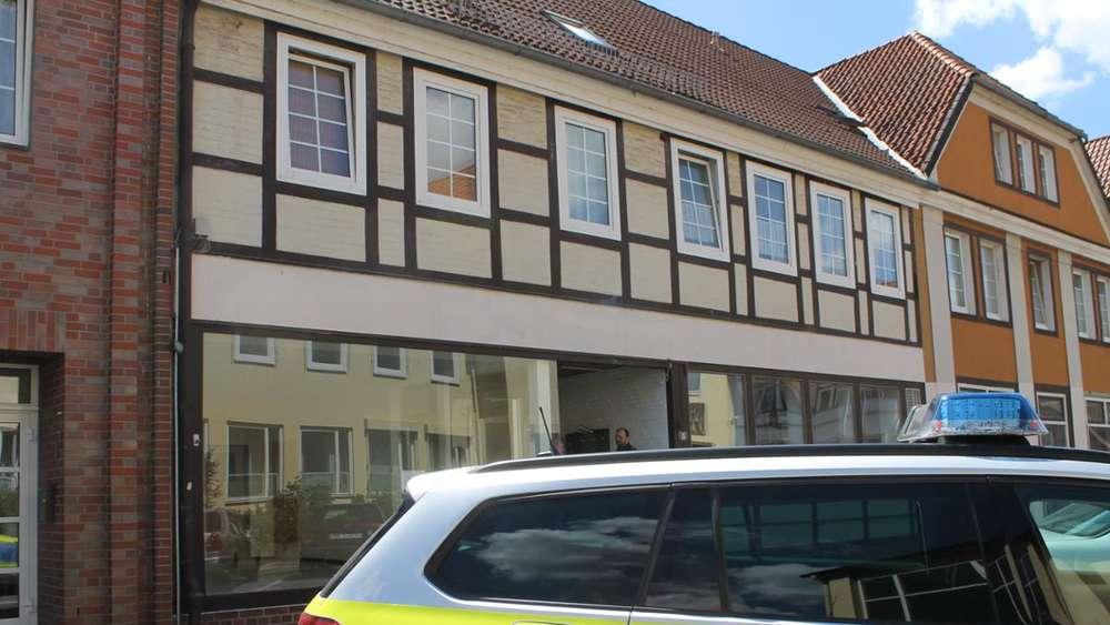 Passauer Armbrust-Drama: Psychoterror - Ex-Schüler packt über Guru ...