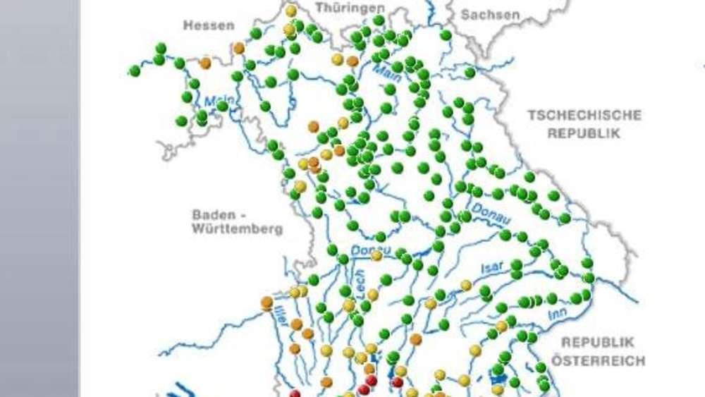 Karte Bayern.Hochwasser In Bayern Surfer Bringt Sich In Lebensgefahr Feuerwehr