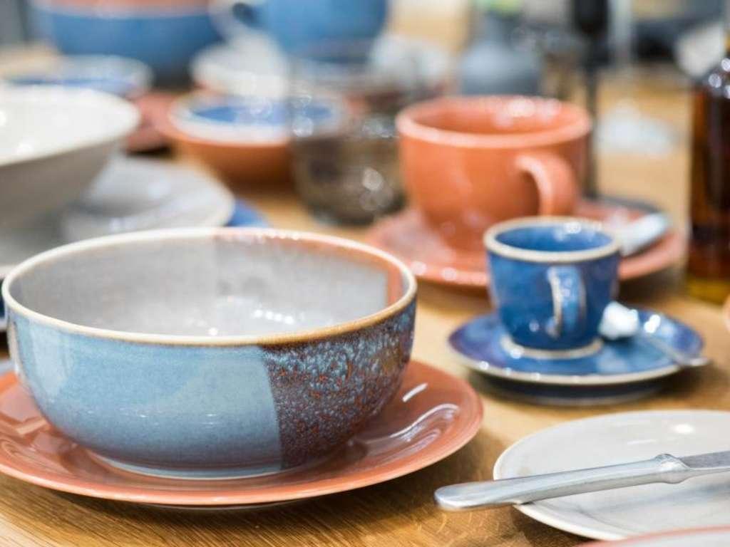 Geschirr Aus Keramik Oder Porzellan Kaufen Wohnen