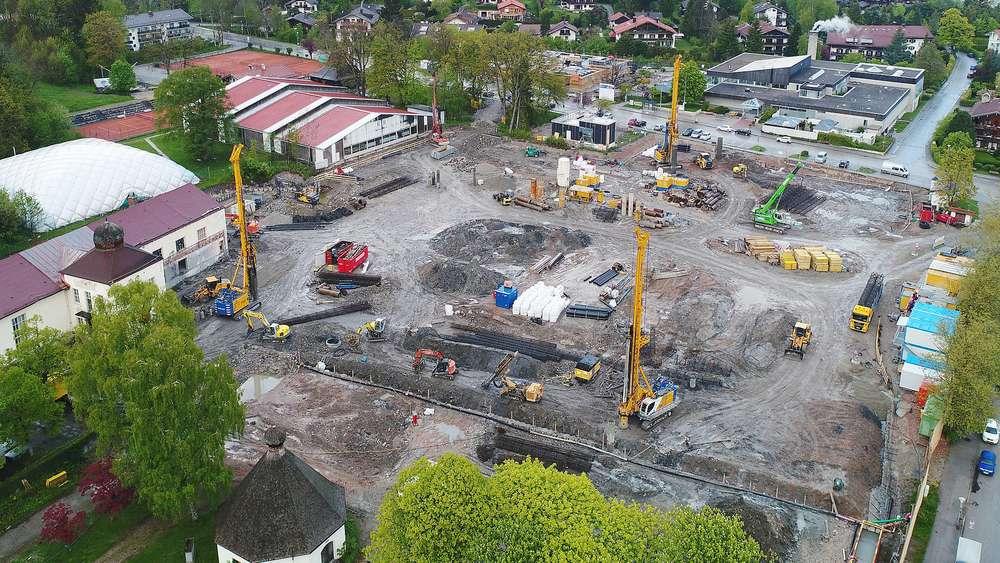 Stopp Auf Mammut Baustelle In Bad Wiessee Investoren Stehen