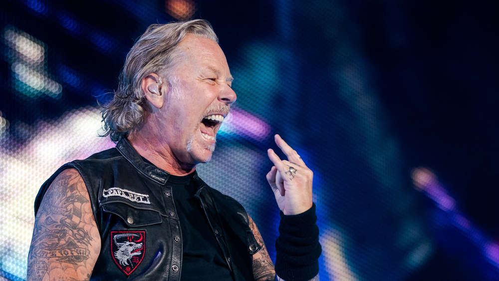 Metallica- Frontmann James Hetfield muss behandelt werden