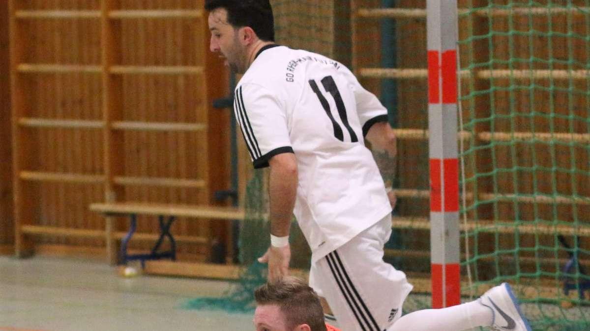 Futsal Regionalliga: 1. FC Penzberg bezwingt GO Rhein Main Futsal | Landkreis Weilheim - merkur.de