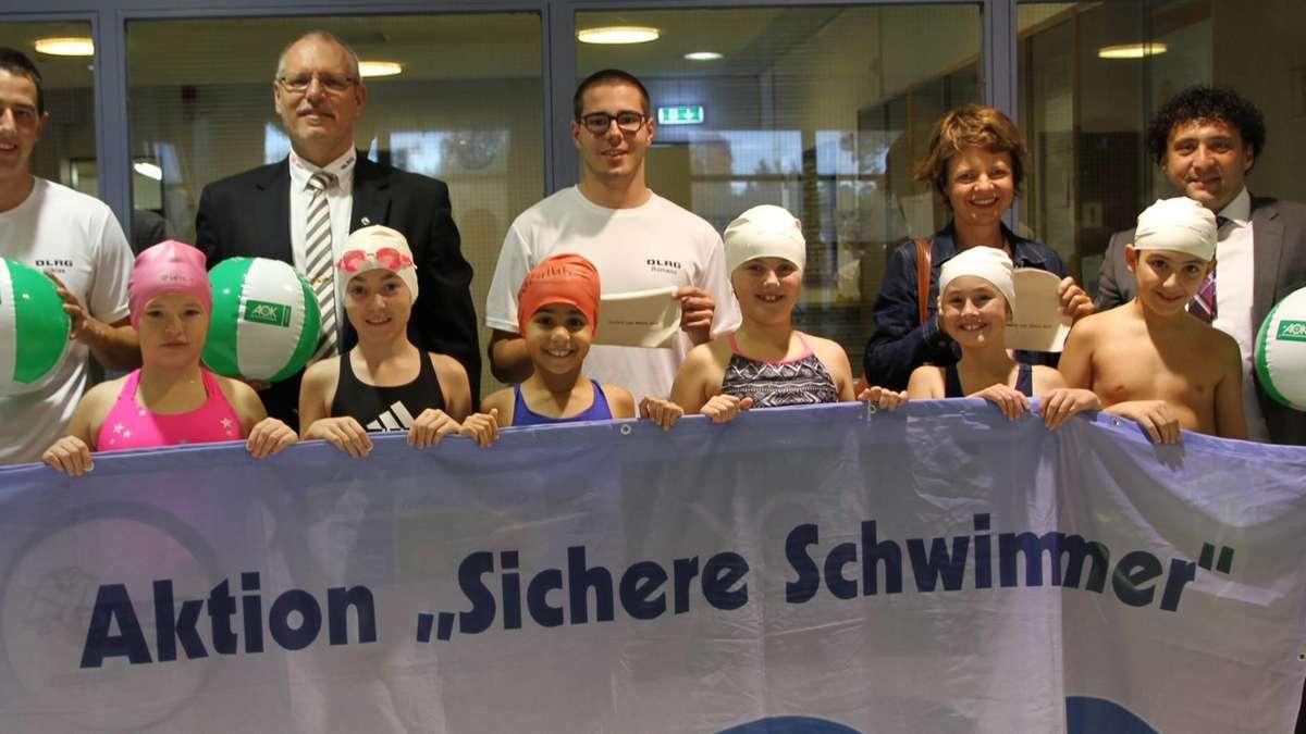 Geretsried: Grundschüler lernen schneller schwimmen | Geretsried - Merkur.de
