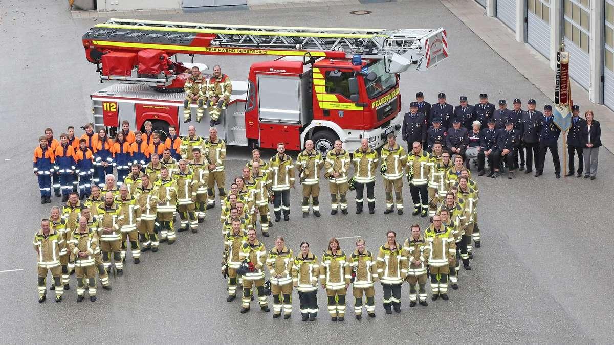 70. Gründungstag der Geretsrieder Feuerwehr: Eine Brandkatastrophe und ihre Folgen | Geretsried - Merkur.de