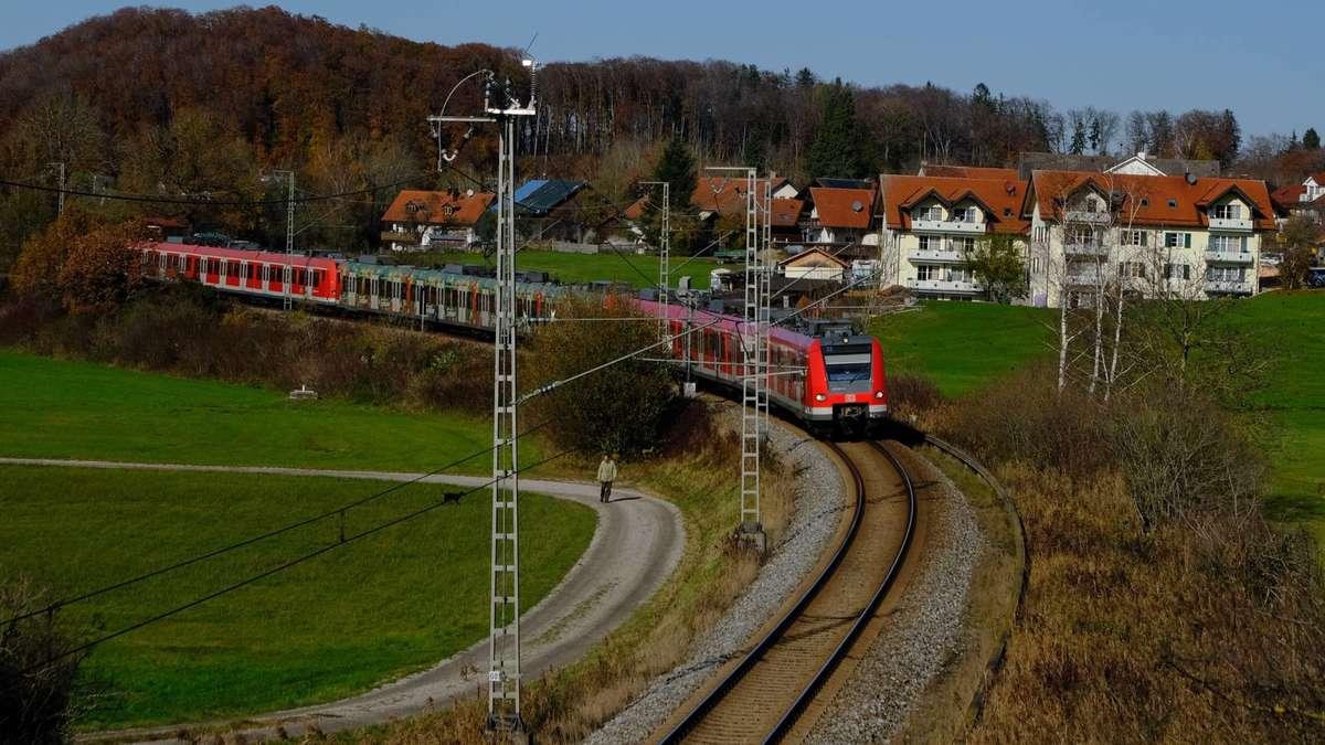 Wörthsee/Bayern: Gleisausbau für fünf Minuten | Seefeld - merkur.de