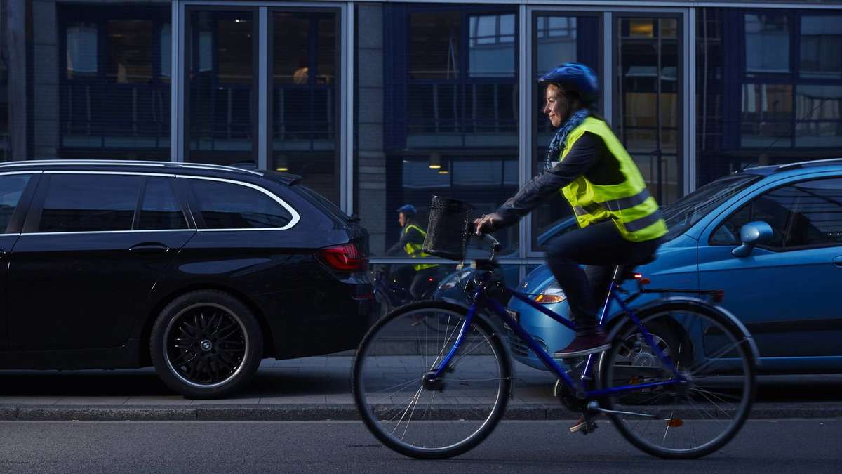 Polizei Holzkirchen kontrolliert verstärkt: Ein Auge auf Radfahrer | Holzkirchen - Merkur.de