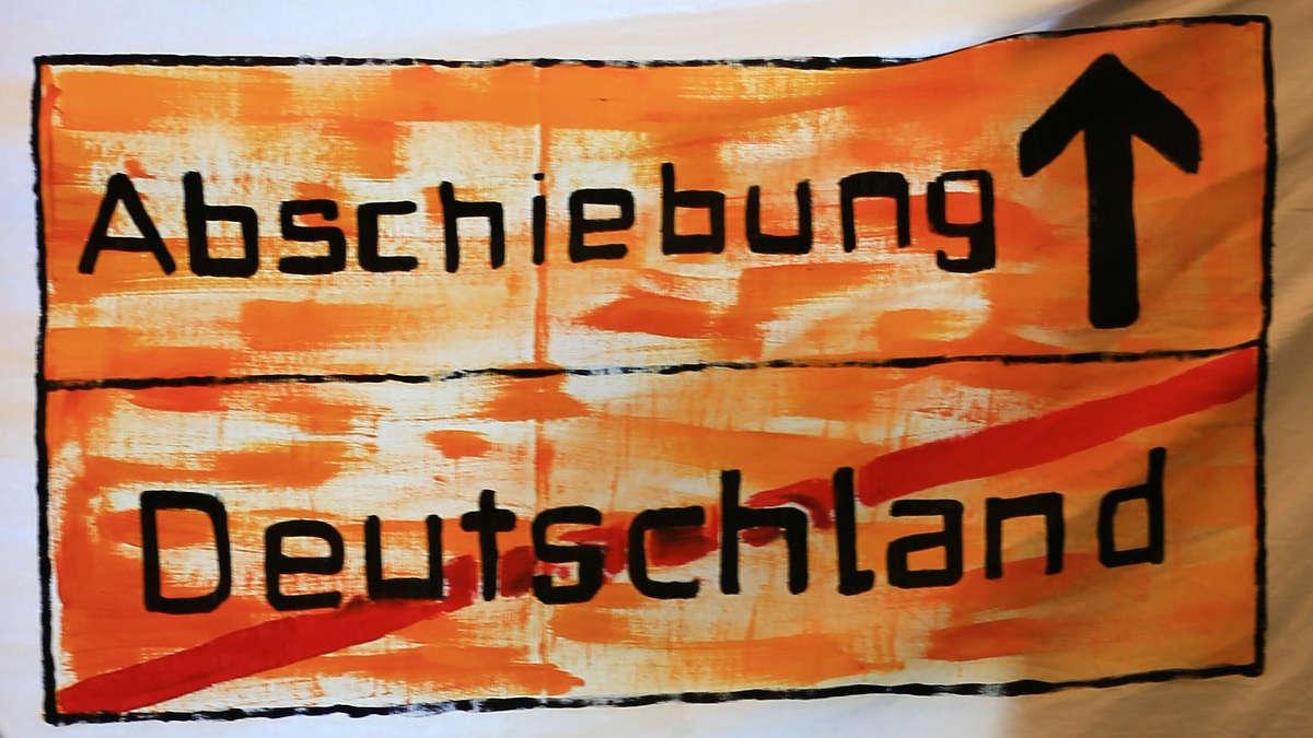 Garmisch-Partenkirchen/Bayern: Ärger wegen Abschiebung eines Bräustüberl-Mitarbeiters | Garmisch-Partenkirchen - merkur.de