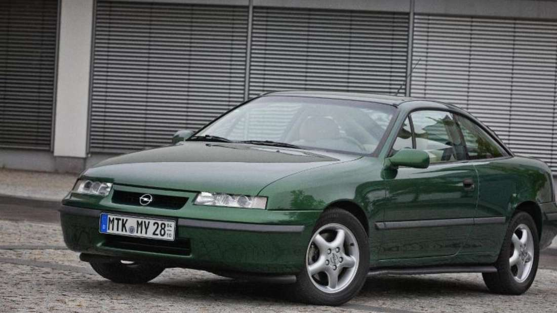 Seinerzeit war kein Serienauto windschnittiger. Der Opel Calibra hatte und hat viele Fans.