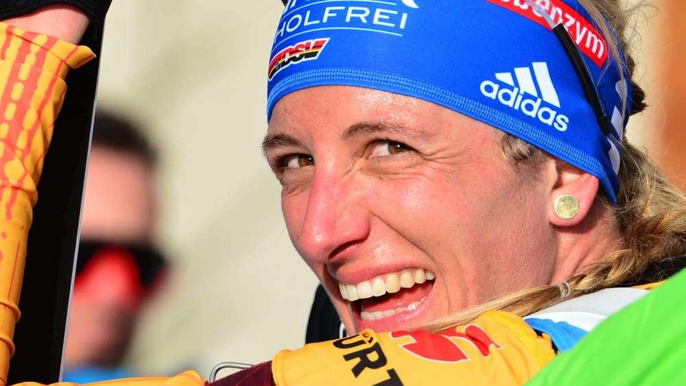 Alle Mühen sind vergessen: Vanessa Hinz ist glücklich über ihren Erfolg als Vize-Weltmeisterin.