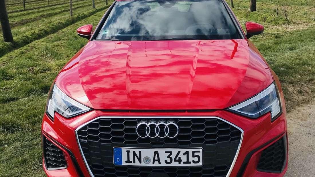 Im Hopfenland unterwegs: Selbst in Zeiten von Corona fällt man mit dem neuen Audi A3 Sportback auf.