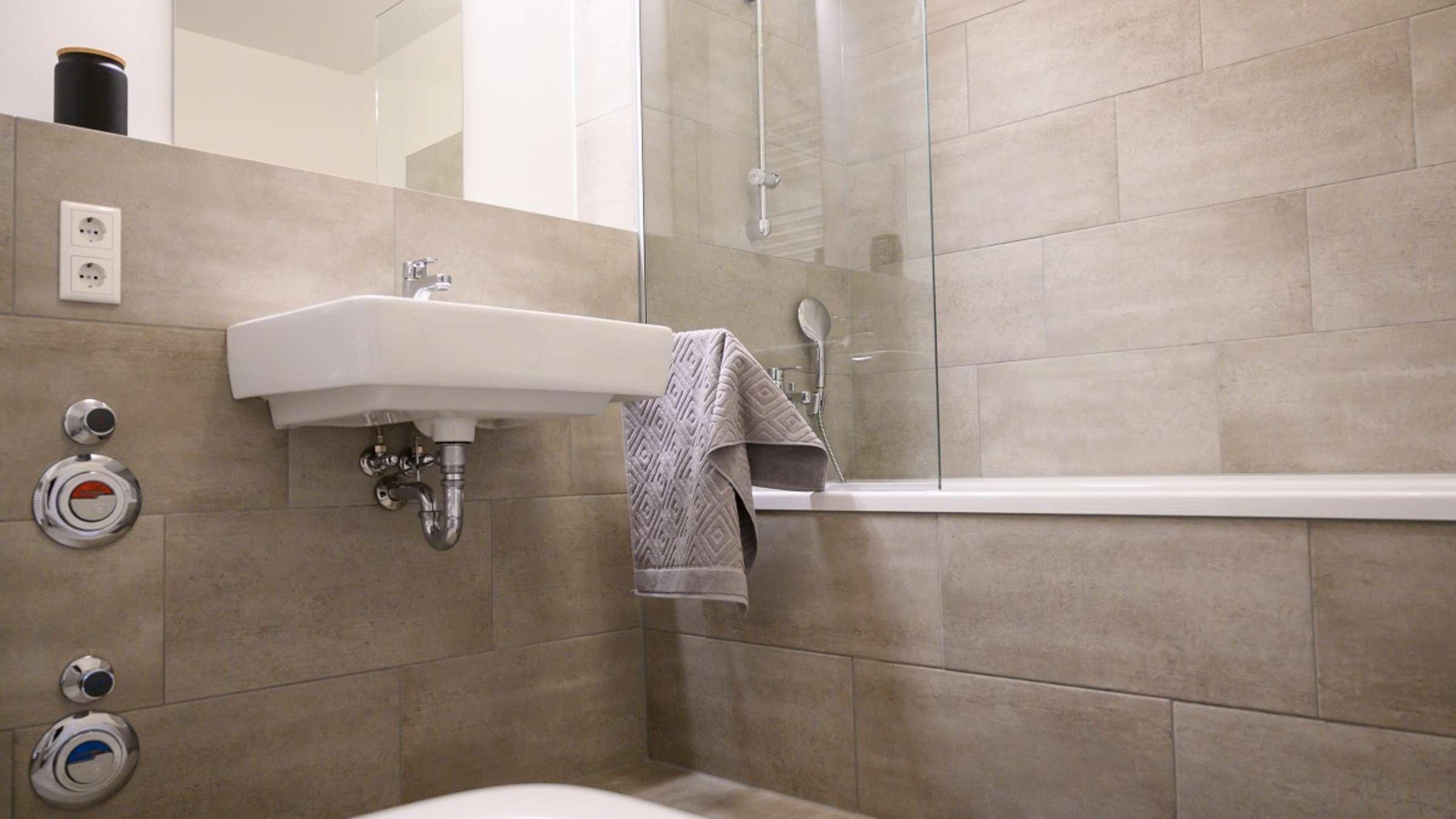 Bad ohne Fenster Wie vermeide ich Schimmel   Wohnen