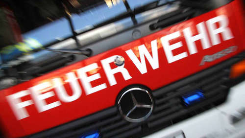 Defekter Fön steckt Bad in Brand
