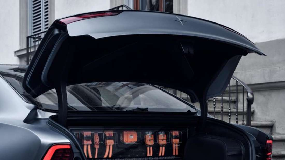 Weil hier bereits das Batteriepack untergebracht ist, fasst der Kofferraum gerade mal 143 Liter. Foto: Polestar/Volvo Car/Geely/dpa-mag