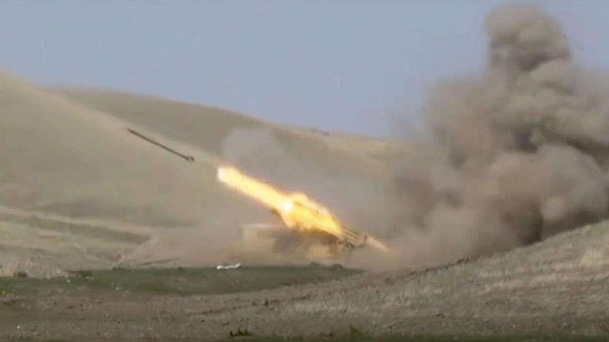 Türkischer Jet soll armenische Militärmaschine abgeschossen haben...