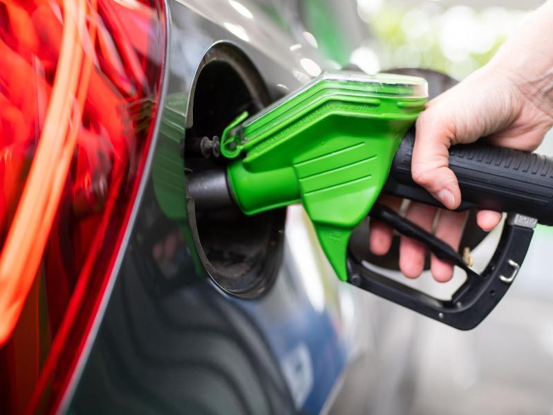 Benzin und Diesel werden wieder teurer (Symbolbild)