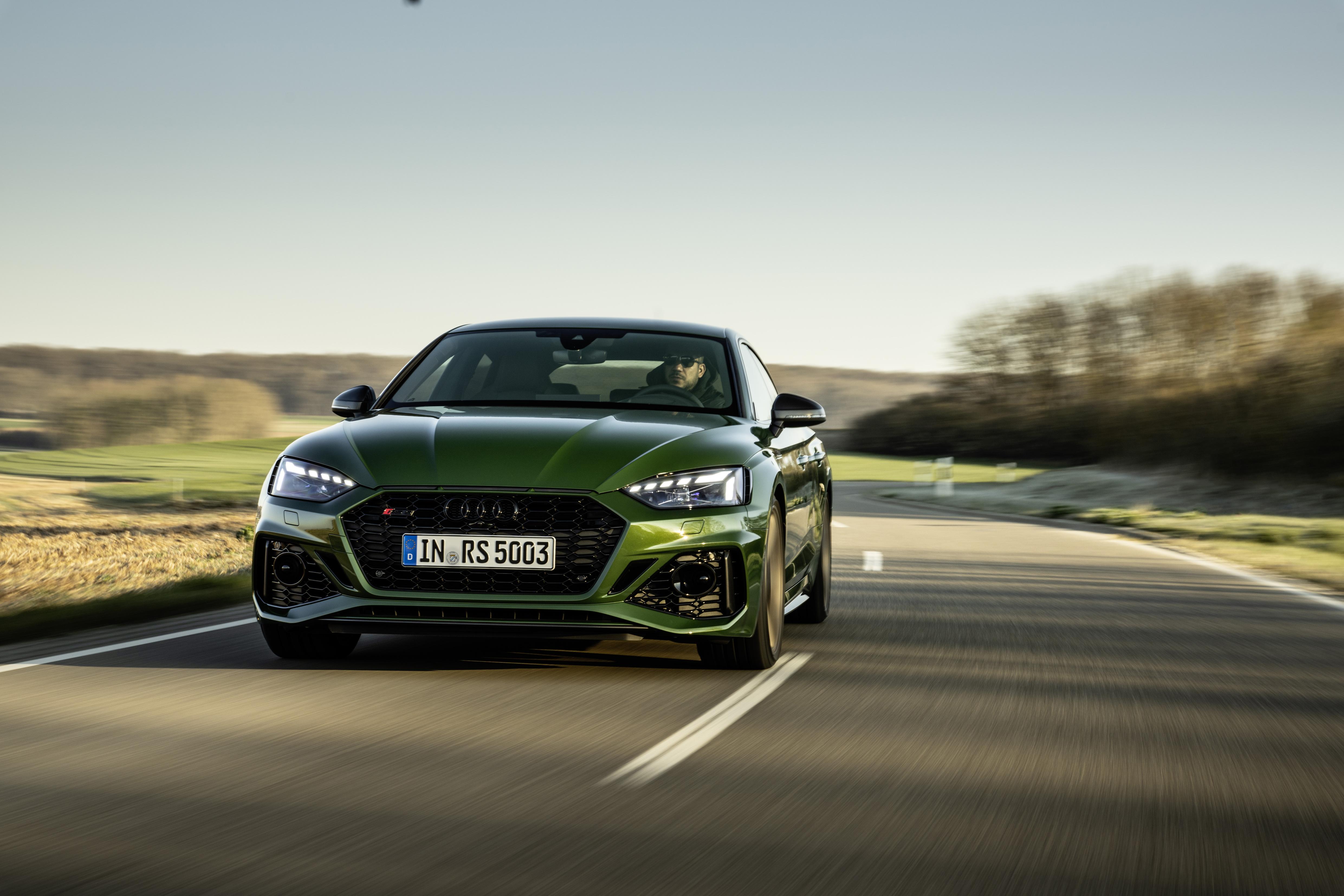 Straßenstaubsauger mit 450 PS - der Audi RS 5 ist eine kultivierte Sportlimousine, die es faustdick unter der Haube hat.