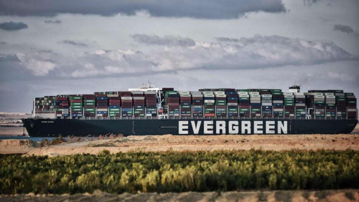 Ever Given-Drama: Kunden sollen sich an Kosten für Bergung beteiligen - Existenzbedrohung für Händler