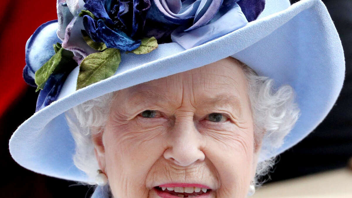 """Experte: Die Queen wird sich """"würdevoll zurückziehen"""", sogar Umzug geplant - Charles übernimmt"""
