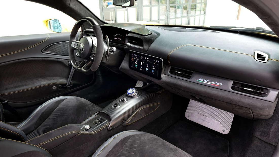 Maserati MC20 Innenraum Cockpit