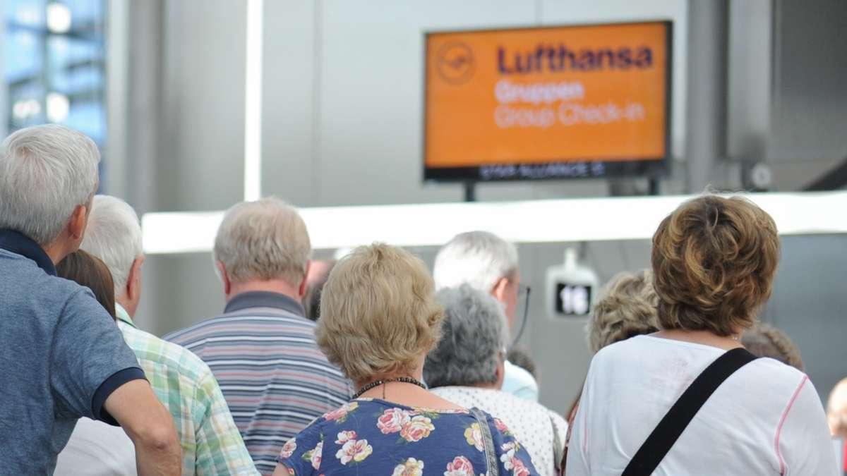 Flughafen München: Lufthansa warnt zum Ferienauftakt vor langen Wartezeiten