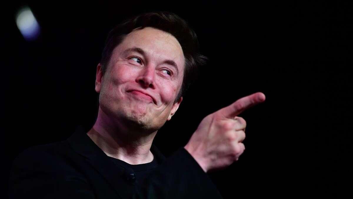 Elon Musk mit kuriosen Vorgaben an seine Mitarbeiter: So müssen sie über ihn reden